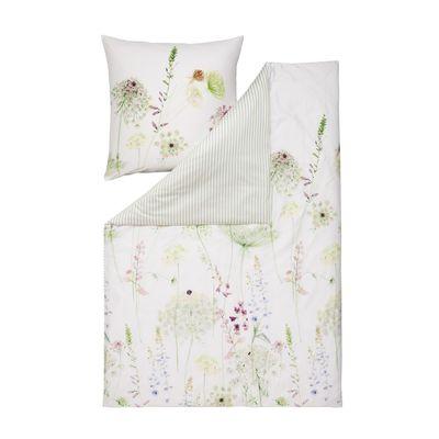 Florale Bettwäsche mit dezentem Dessin und gestreifter Wendeseite
