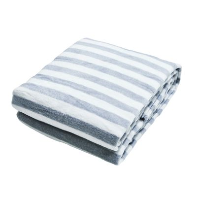 Wohndecke / Plaid Stripes silver-white von done 150 x 200 cm