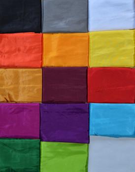Balifahnen-Stoff SANUR mit herzförmiger Spitze, verschiedene Farben und Längen, Balifahne, Bali Flag, Gartenfahnen