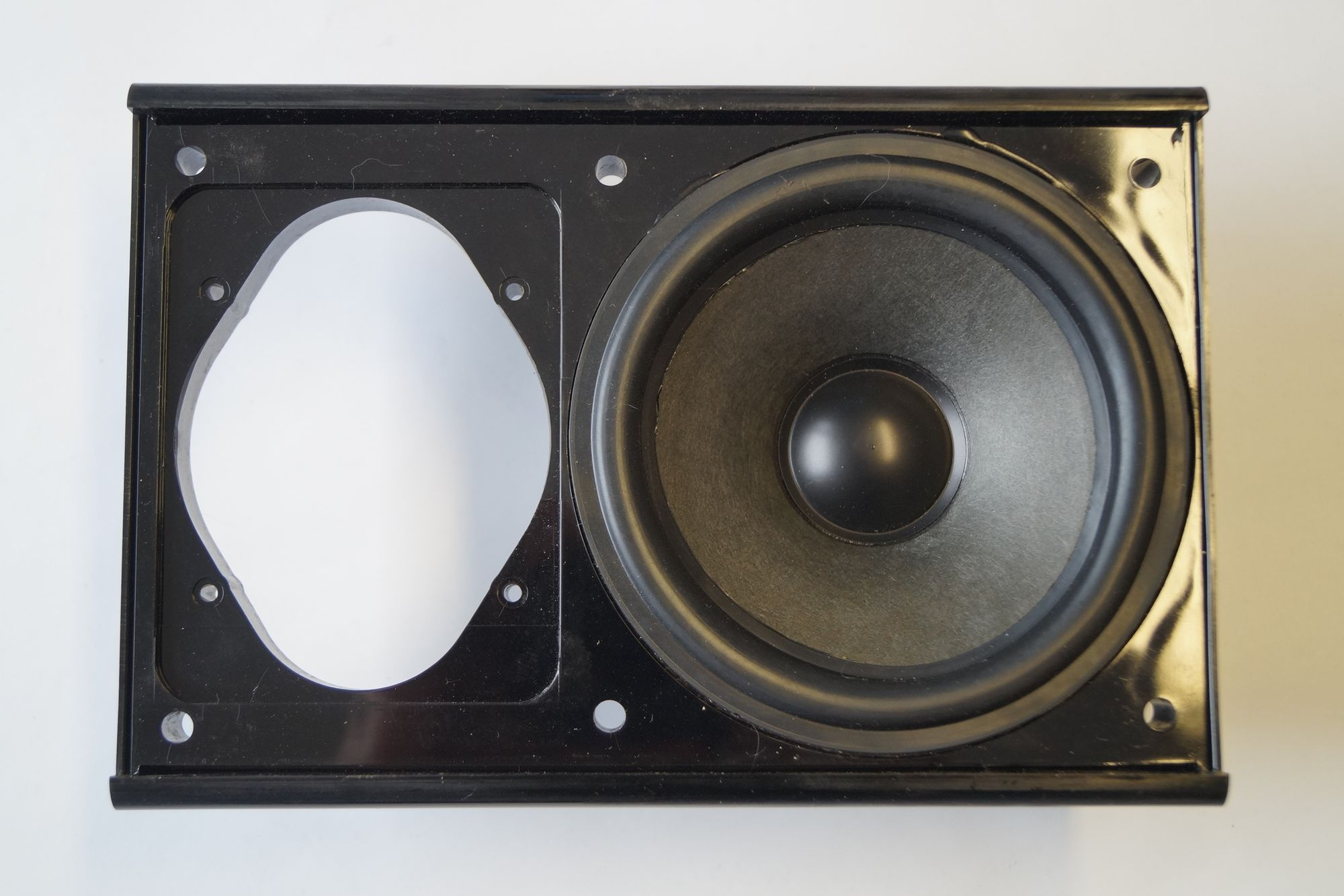 1 Stück 100 mm Mitteltöner, in Gehäusefront 90 Watt max., SERVICEWARE – Bild 1