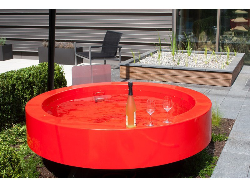 hot tub 2 0 outdoor badewanne orange whirlpools. Black Bedroom Furniture Sets. Home Design Ideas