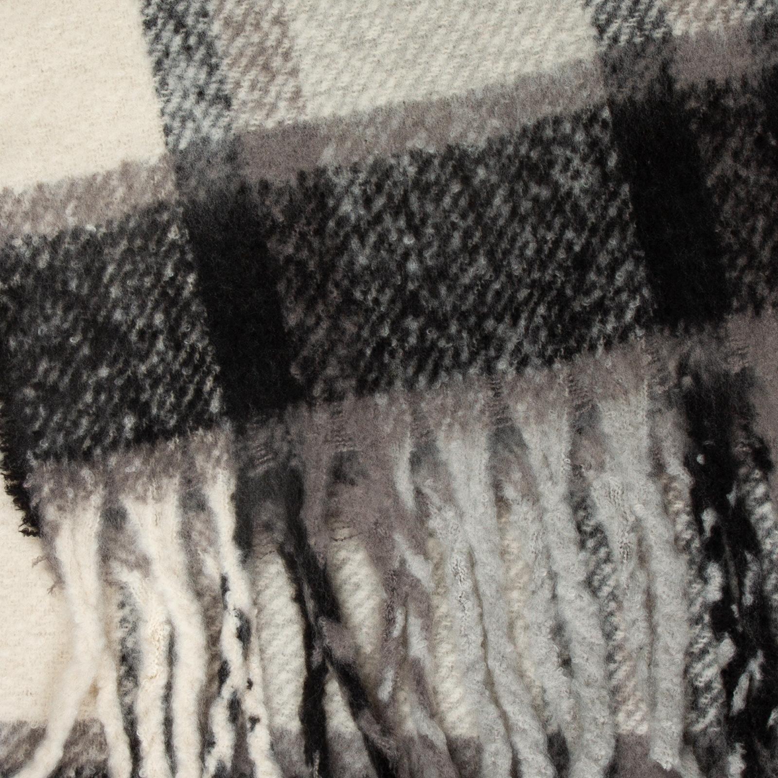 Caspar SC484 XXL Women/'s Warm Winter Scarf Long Shawl Check Pattern /& Fringes