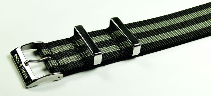 MARC & SONS Nato strap color black gray, 22 mm, Reference T3