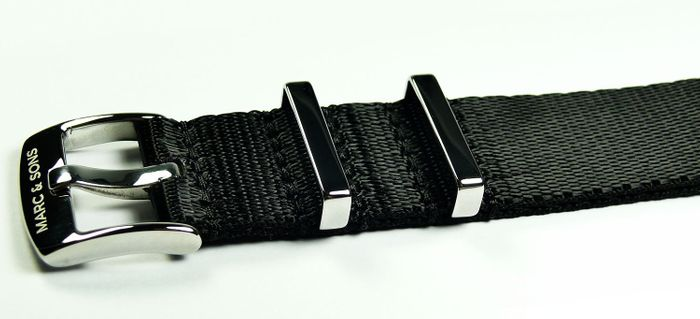 MARC & SONS Herringbone Nato strap color black, 22 mm Reference T5