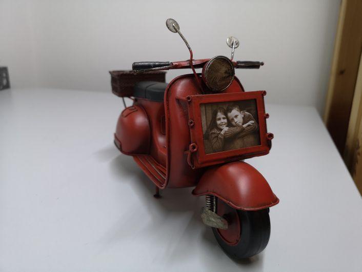 Retro Motorroller mit Bilderrahmen ca. 29x11x15cm Bildausschnitt ca. 4x6 cm - AD722018 – Bild 4