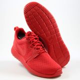 Preview 2 Nike Herren Sneaker Roshe One Hyperfuse All Red Unversity Red Unvrsty Red-Blk