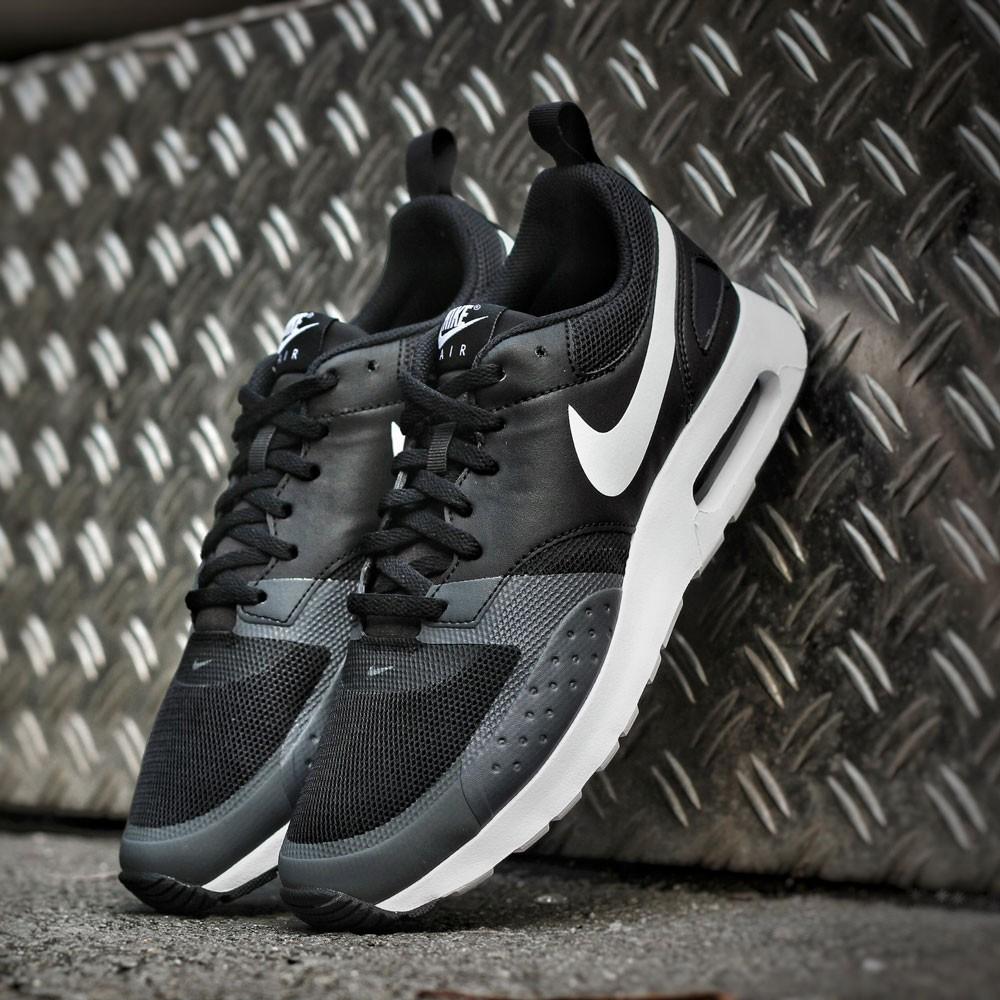 08f09197d47 ... Grey for Mens  sale uk 25030 d8d9e ... Preview 5 Nike Herren Sneaker Air  Max Vision BlackWhite ...