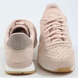 Preview 3 Nike Damen Sneaker Internationalist PRM Particle Beige/Particle Beige