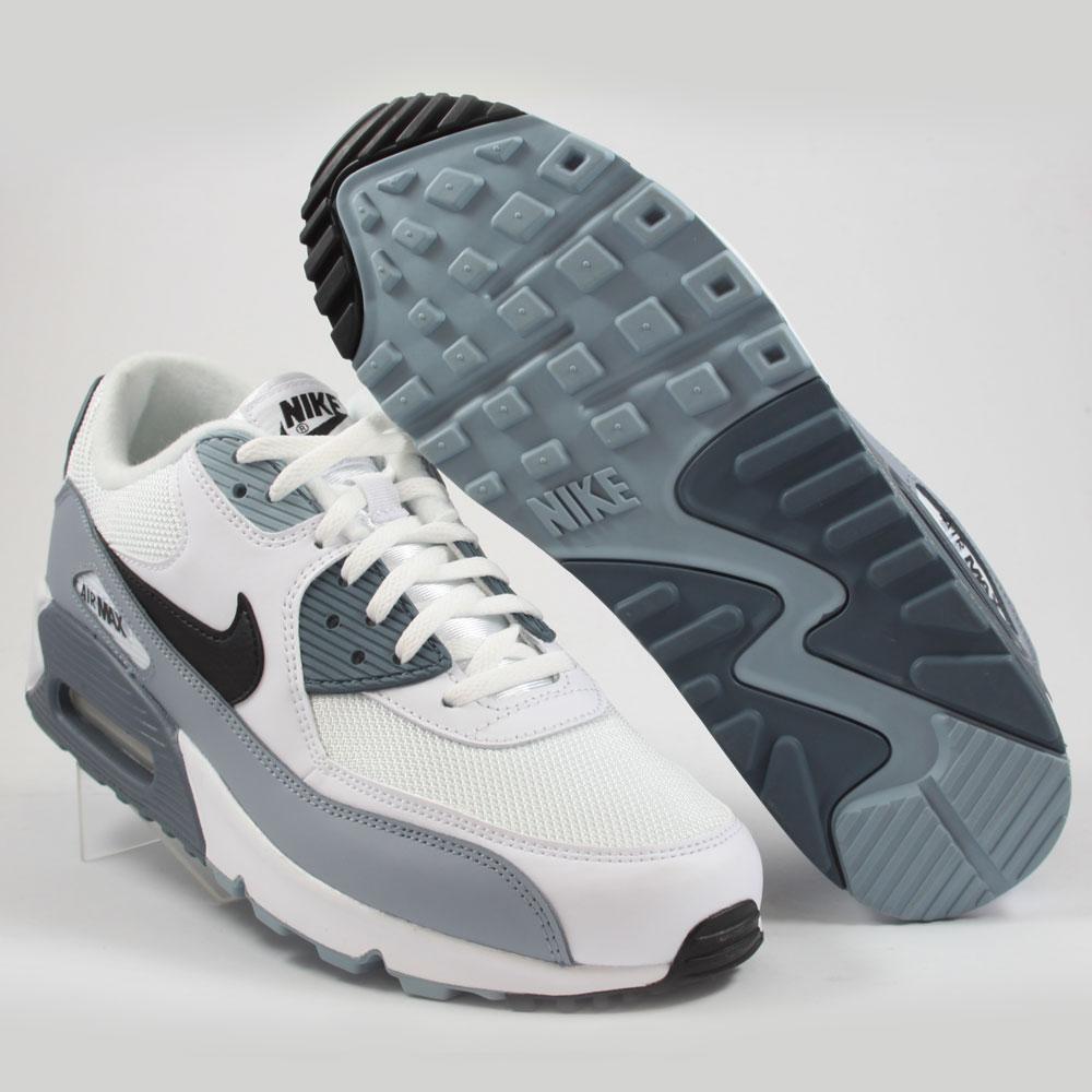 Nike Herren Sneaker Air Max 90 Essential WhiteBlack