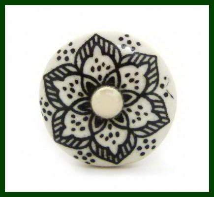 Möbelknopf schwarz Blütenmotiv Knauf Porzellan