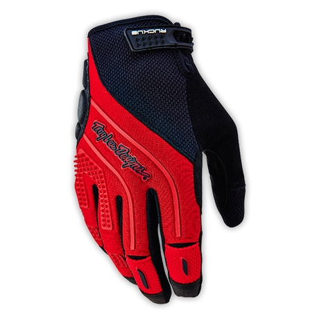 Ruckus Glove Red 001