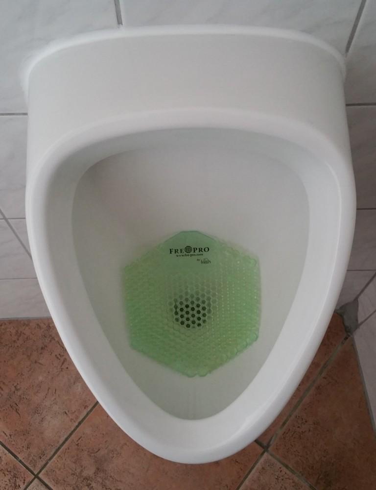 2x Urinalsieb Geruchsneutralisator eckig M3 Cucumber Melon, mit Kalenderfunktion, wohlriechend, längere Spitzen / Sprossen zur Vermeidung des Anti-Splash Effects, Verringerung d. Schmutzablagerung, Reinigungszeitverkürzung, recyclebar – Bild 4