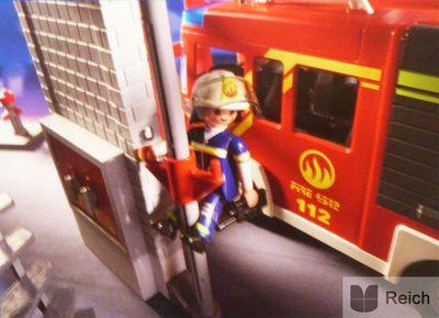 Playmobil 9052 City Action Feuerwehr Mega Set mit Pumpe – Bild 9