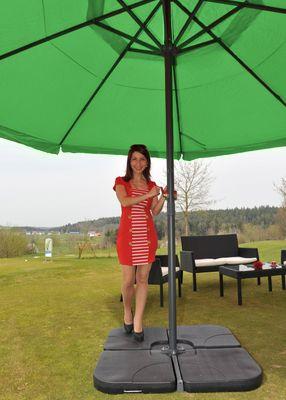 Alu-Sonnenschirm Meran Pro, Gastronomie Marktschirm mit Volant Ø 5m grün mit Ständer – Bild 3