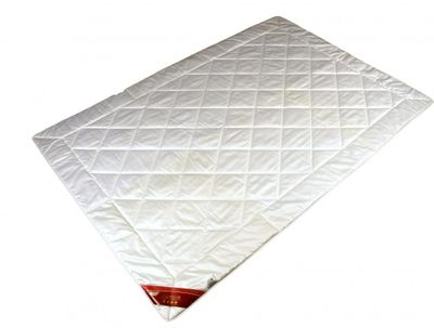 Bettdecke Modicana 155 x 200 / 900 g - Leichtes Steppbett für Sommer / Übergangszeit mit 100% Baumwoll Füllung