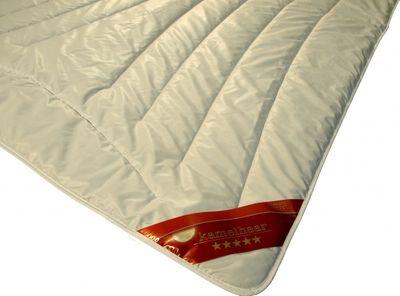 Bettdecke 200 x 200 / 750 g - Extra leichtes Steppbett Garanta mit 100% Kamelhaar Füllung - Steppdecke für den Sommer – Bild 2