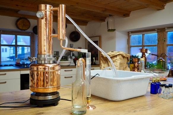 EasyMoonshine Destillen