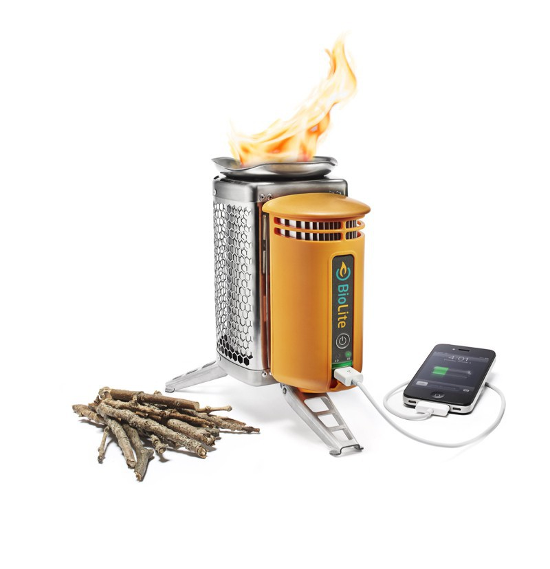 """BioLite"" CampStove USB Holz-Kocher mit LED Flexlight"