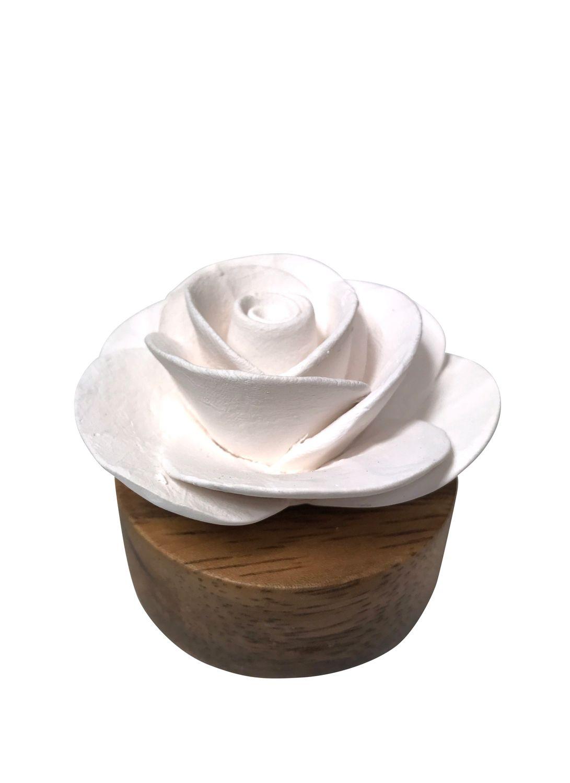 Duftstein  Rose  aus weißer Keramik