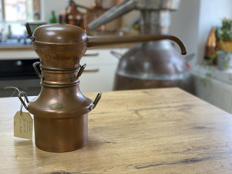 Gebraucht:  Moyen Age   1 Liter Destille ohne Kühler