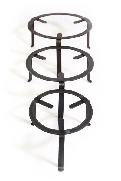 Iron stand / tripod 30 cm - for cooking & presentation