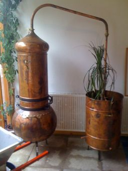 """CopperGarden®"" decorative still with column, 100 liters"