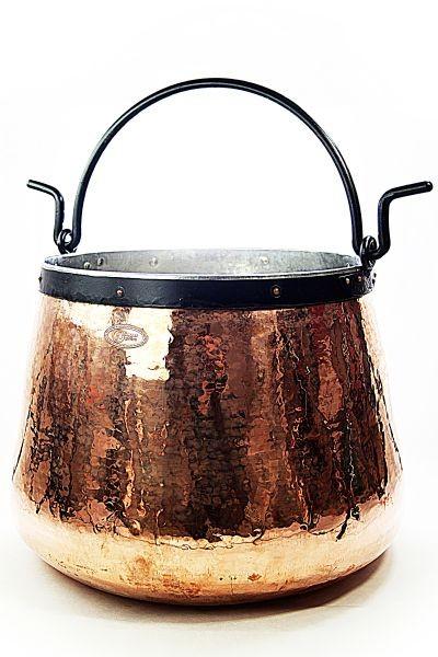Chaudron en cuivre artisanal  60 L, étamé -  CopperGarden®