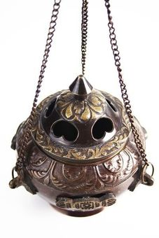 """Berk"" Dragnar - Hanging Dhoop Burner"