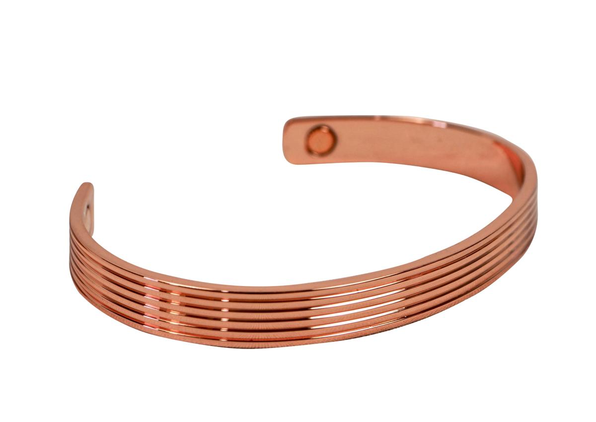Armreif aus poliertem Kupfer ❁ Muster mit feinen Streifen ❁ mit zwei Magneten