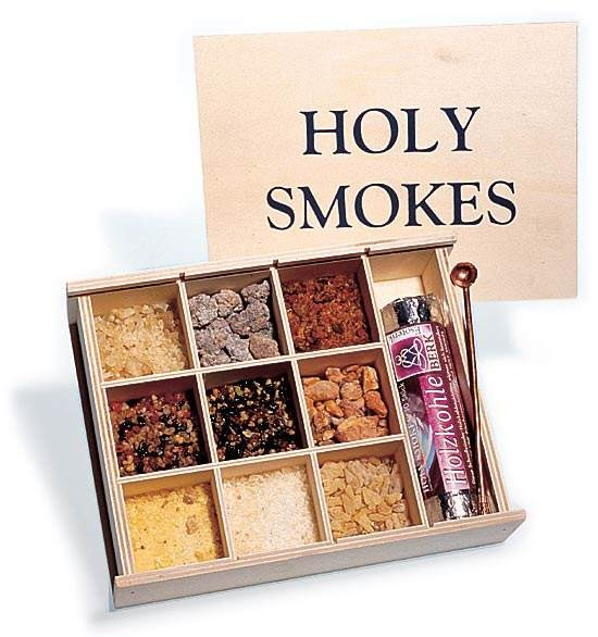 Holy Smokes  Weihrauchset - Holzkiste mit edlem Zubehör und Kupferlöffel