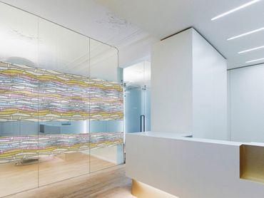 Fensterfolie Wellen bunt GLS 4651 - Statische Dekorfolie von Linea Fix – Bild 3