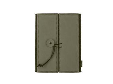 Notizbuch Caprini Book A5 Nupo Leder grün/anthrazit + Ersatzblock - LindDNA
