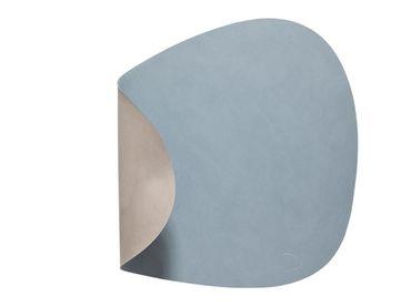 Tischset Platzset beidseitig DOUBLE CURVE L (37x44cm) Leder - LindDNA – Bild 6