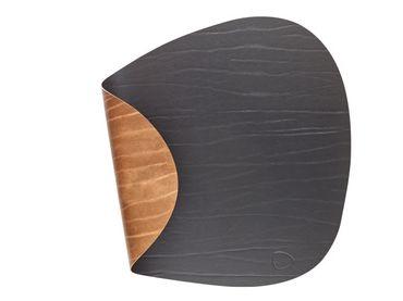Tischset Platzset beidseitig DOUBLE CURVE L (37x44cm) Leder - LindDNA – Bild 9
