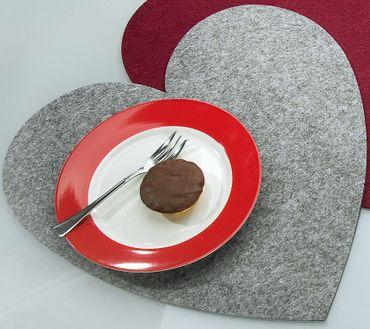 Platzset Herz groß Ø 40 cm Tischset Filz 4er Set Gilde – Bild 1