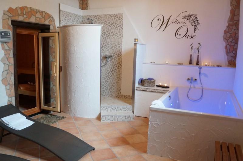 Badewanne 190 x 120 x 50 cm f r 2 personen mona t r design - Dusche im schlafzimmer ...