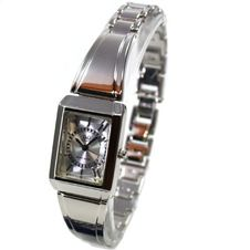 q-q-elegant-women-s-watch-miyota-by-citizen-watch-f197-201y
