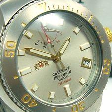 ausverkauft/orient-m-force-automatik-m-diver-gangreserve-titan-cfd04002k0-bicolour