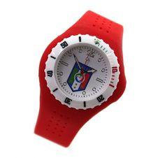 blog-hommes-bracelet-montre-quartz-rouge-blanc-lunette-tournante-avec-scale-des-minutes-blanc-cadran-avec-forza-azzurri-logo-silicone