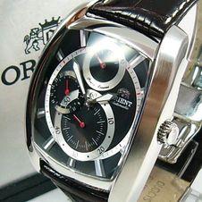 orient-power-reserve-multi-eyes-classic-automatique-black-cezad004b