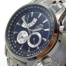 orient-men-s-watch-quartz-day-date-24h-dial-luu00001d0