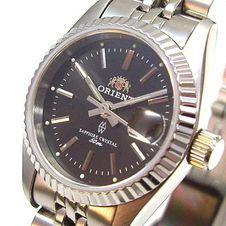 orient-women-s-watch-dressy-elegant-quartz-sapphire-lsz2k003b0