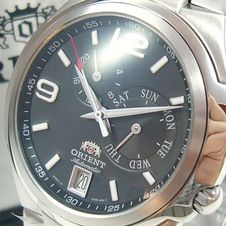orient-multi-eyes-automatic-men-s-watch-uvp-175-cet06001b0