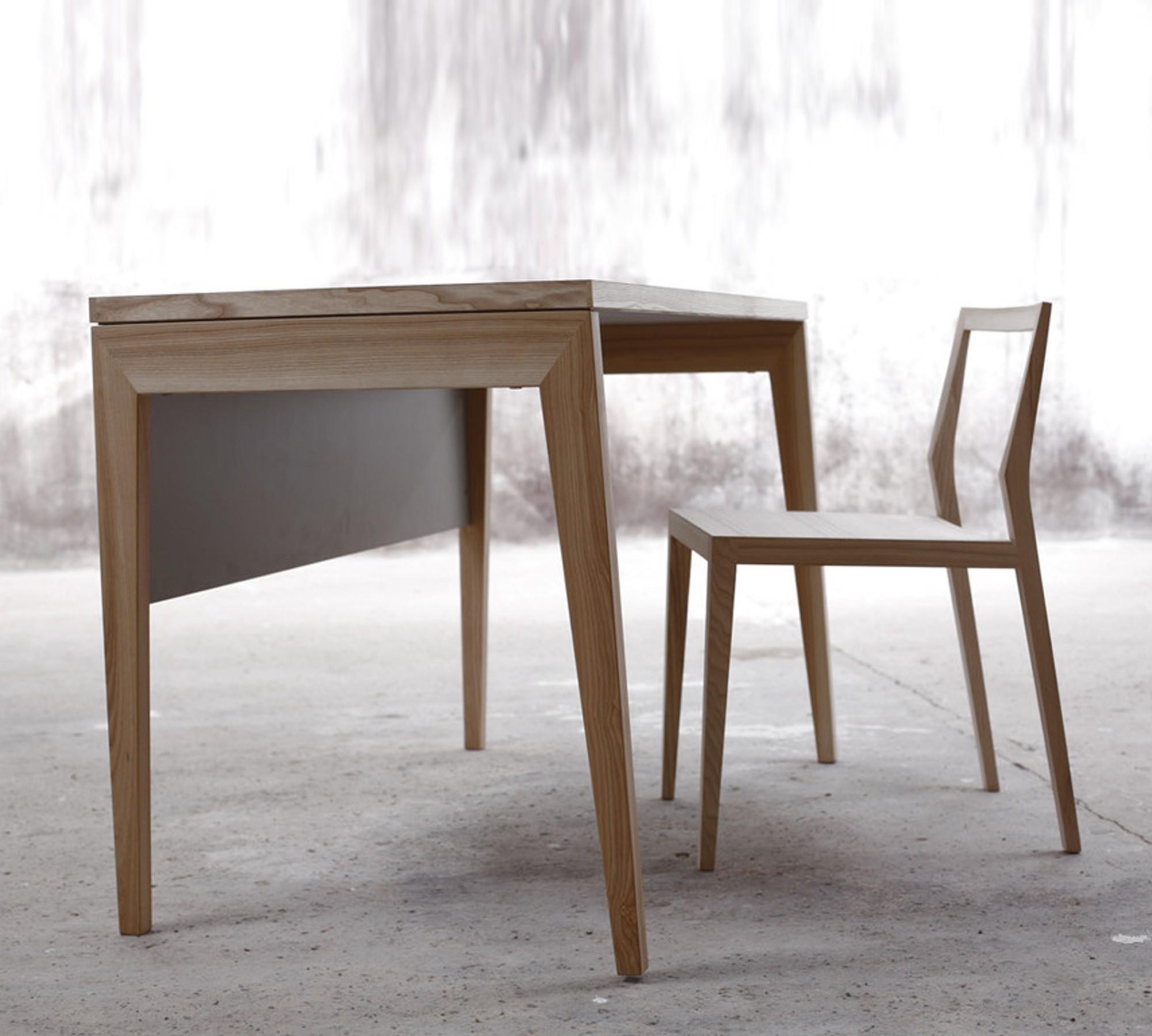 Mint Design Schreibtisch M2300 aus Massivholz mit Sichtblende 10008327