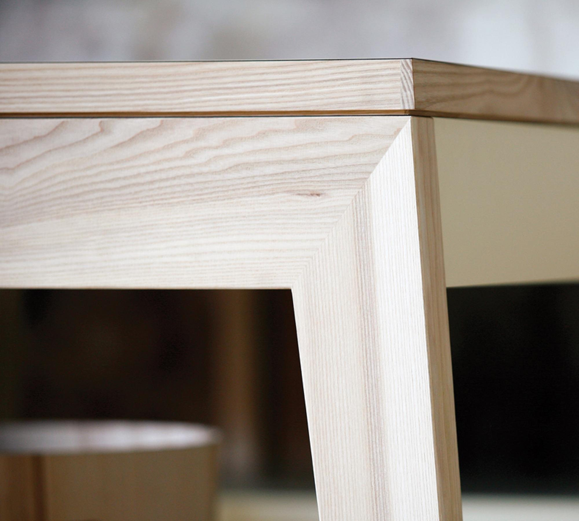 mint design k chenzeile m1001 mit echtholz und gro er ablage 10008359. Black Bedroom Furniture Sets. Home Design Ideas