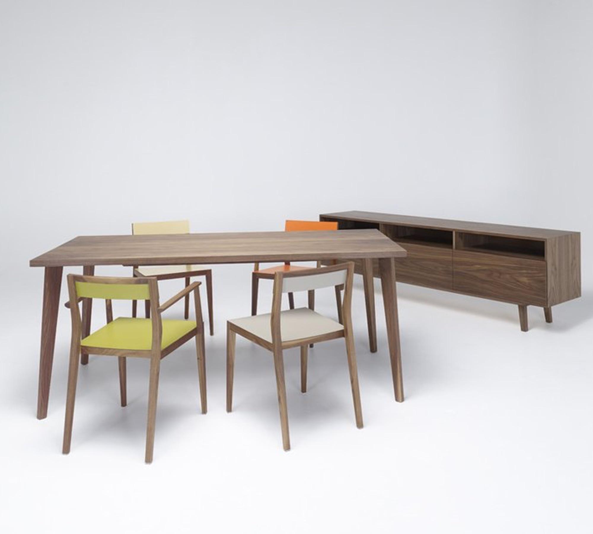mint design tisch quattro rechteckig echtholz in nussbaum eiche oder esche 10008431. Black Bedroom Furniture Sets. Home Design Ideas