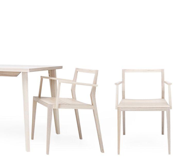 Mint Design GHOST PLUS Armlehnstuhl aus Massivholz viele Holzarten z.B. Esche schwarz – Bild 3