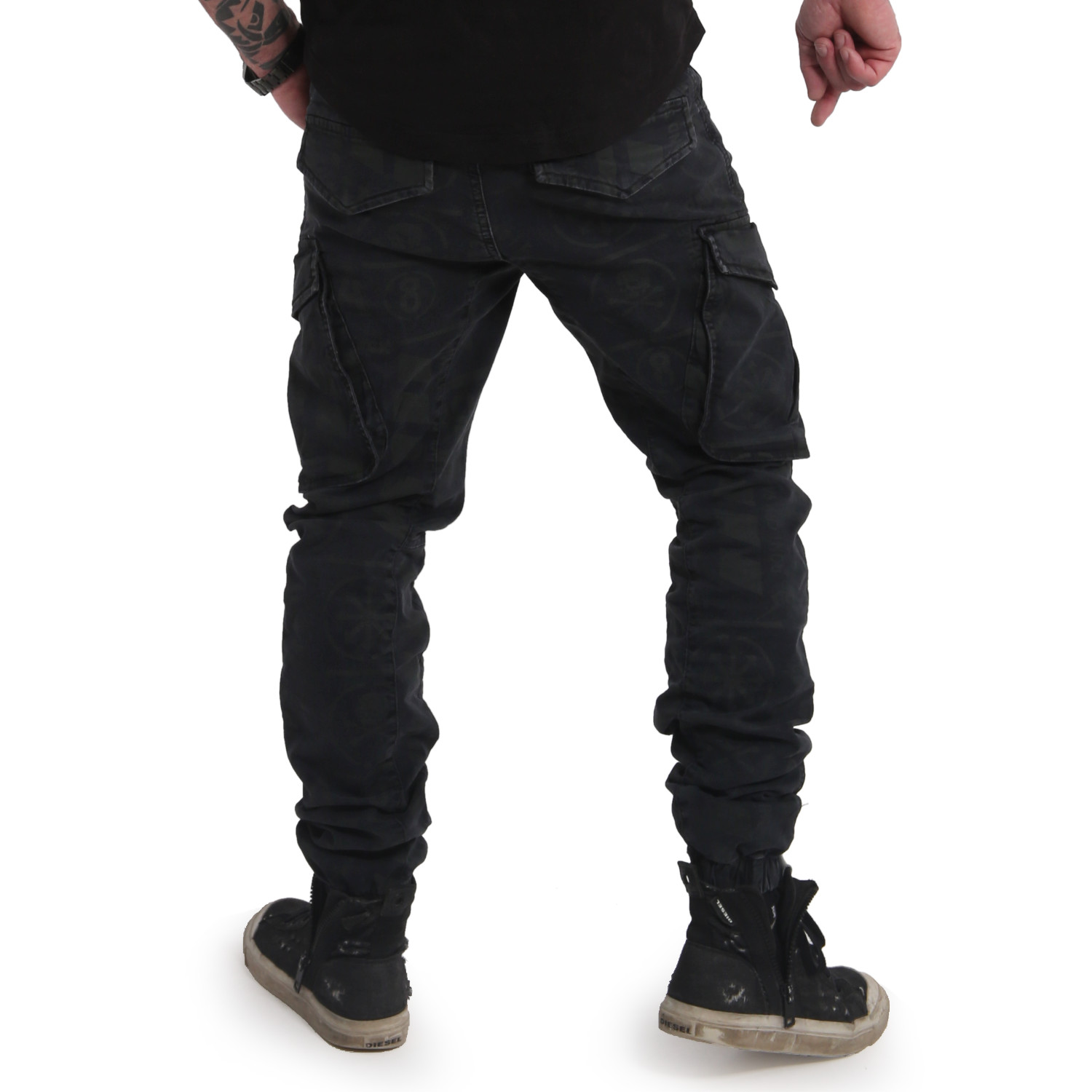 Allover Pattern Grip Cargo Pants