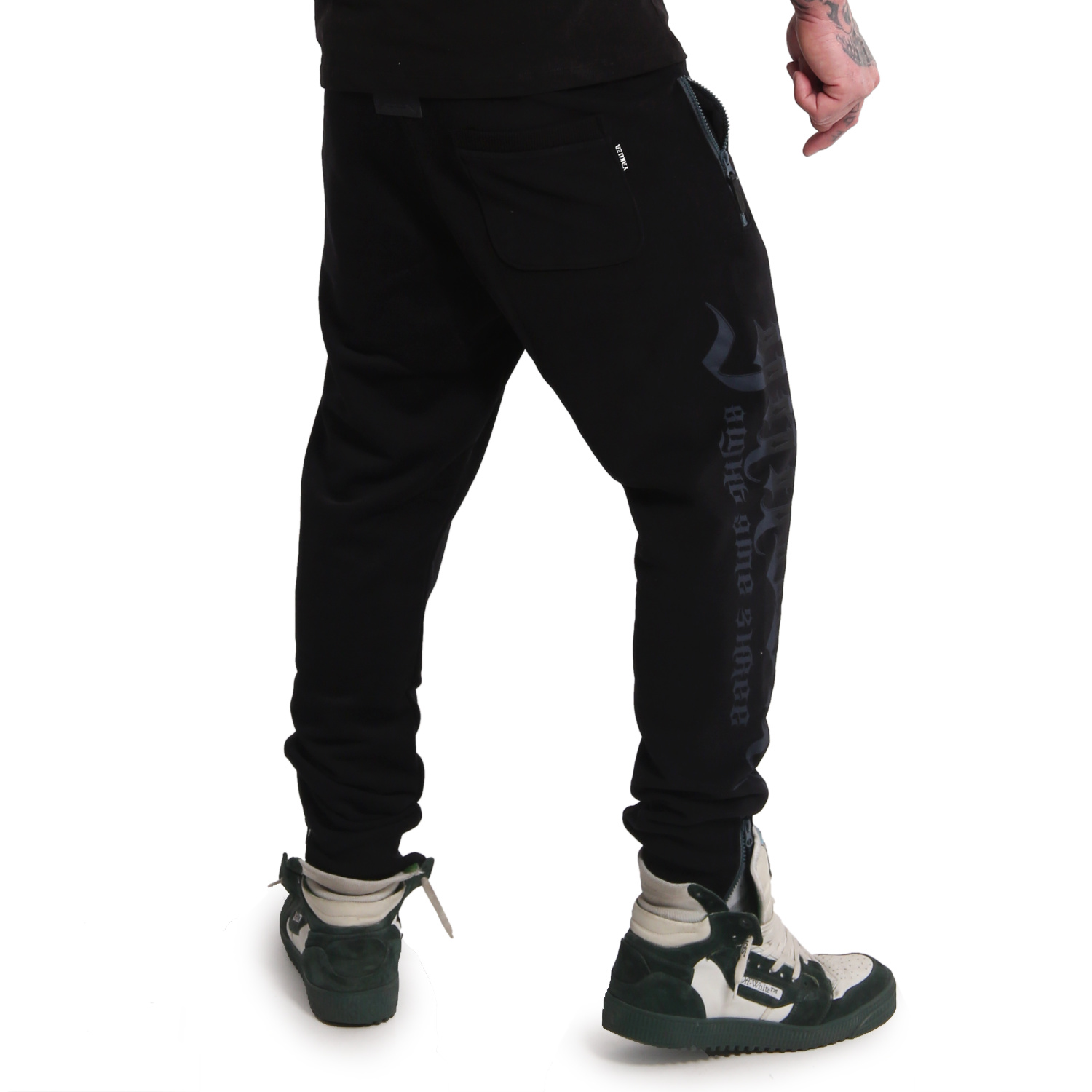 Pointing Zip Joggers