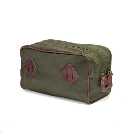 OUTPOST - Dopp Kit - Grün